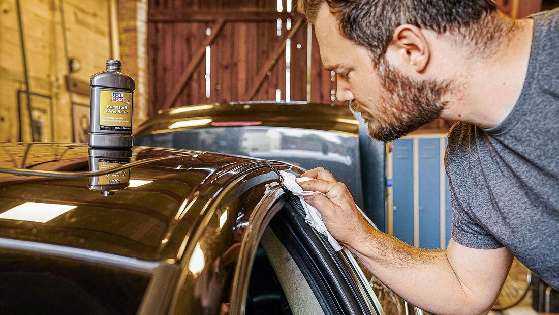Chrysler 300M, Restaurierung, Kunststoffpflege