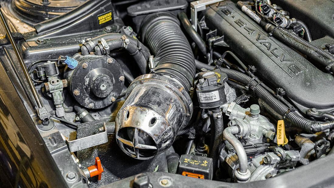 Chrysler 300M, Restaurierung, Motor
