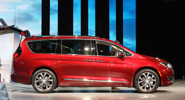 Chrysler Pacifica, Van, Detroit Auto Show, NAIAS 2016, 01/2016