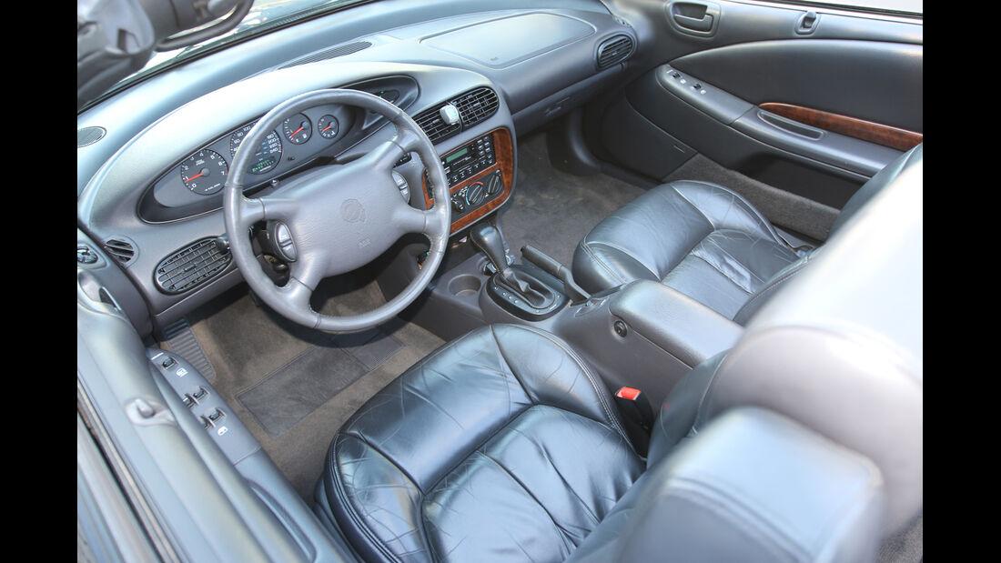 Chrysler Stratus Cabrio, Cockpit, Sitze