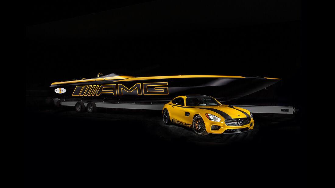 Cigarette Racing 50 Marauder GT S Concept Mercedes AMG GT S