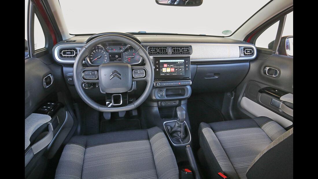 Citroën C3 BlueHDi 100, Cockpit