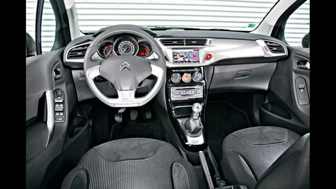 Citroën C3 e-HDi 110 Exclusive, Cockpit