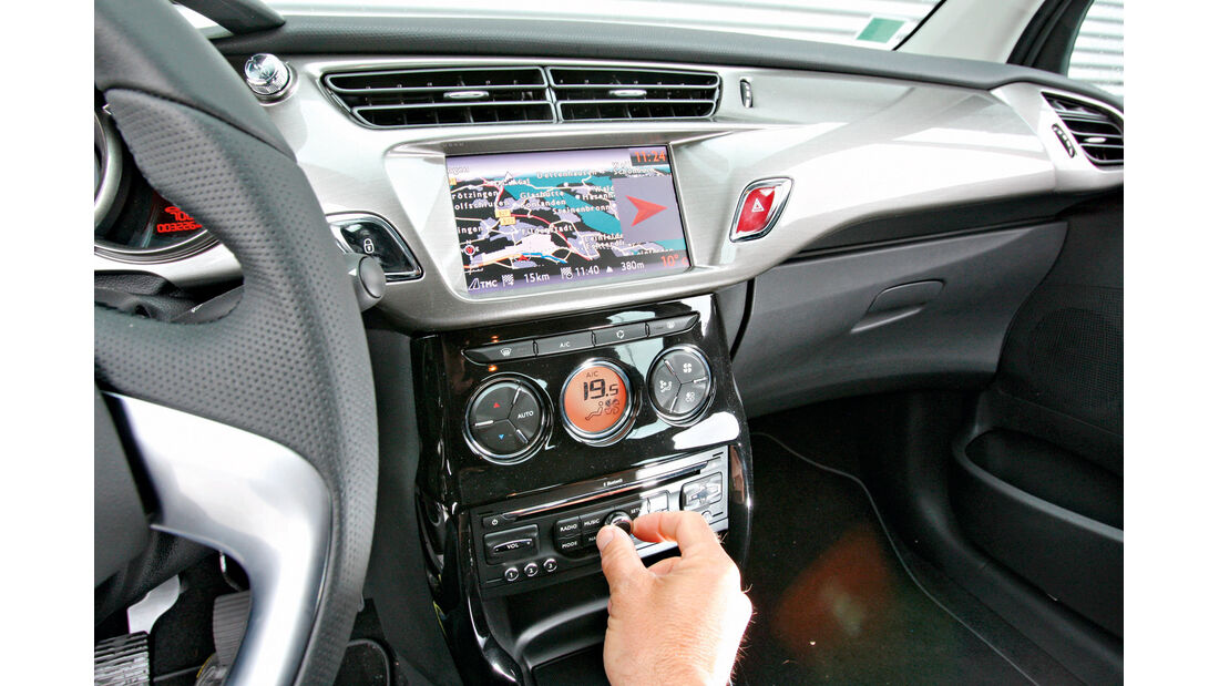 Citroën C3 e-HDi 110 Exclusive, Mittelkonsole