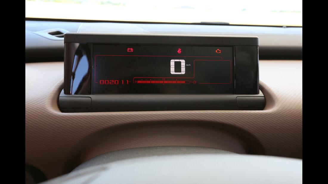 Citroën C4 Cactus Blue HDi 100, Bildschirm