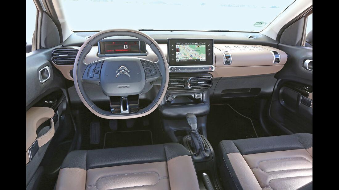 Citroën C4 Cactus Blue HDi 100, Cockpit