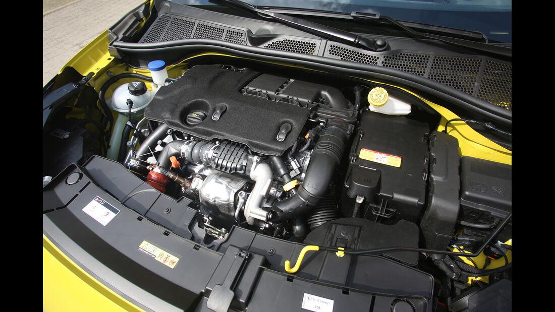 Citroën C4 Cactus, Motor