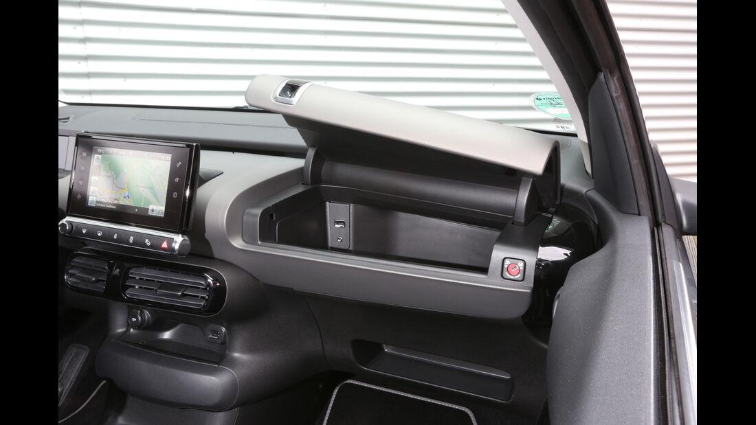 Citroën C4 Cactus e-VTI 82, Handschuhfach