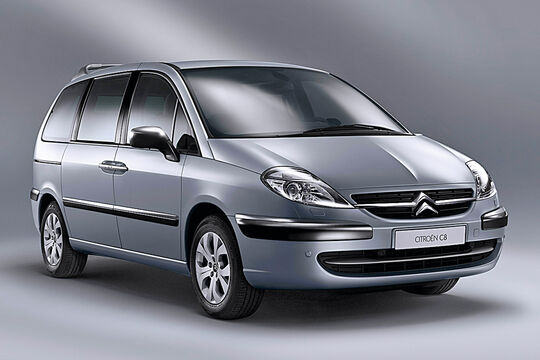 Citroën C8, Frontansicht