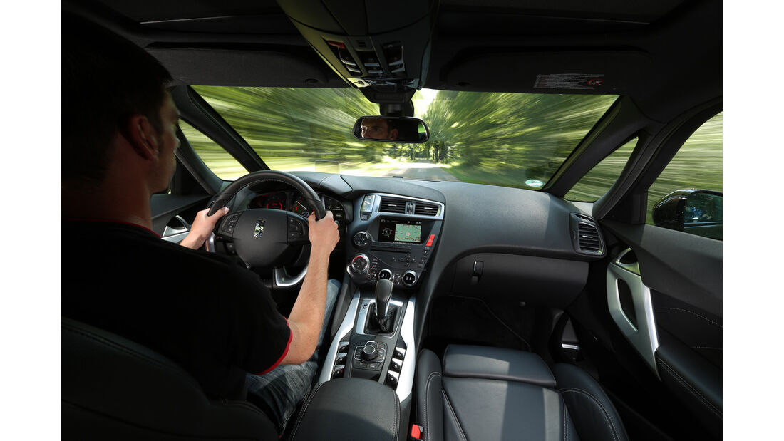 Citroën DS 5 Blue HDi, Fahrersicht, Cockpit