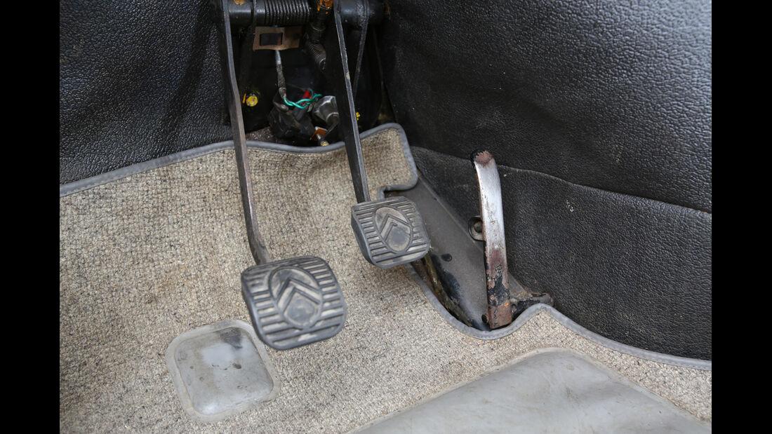 Citroën DS, Pedalerie