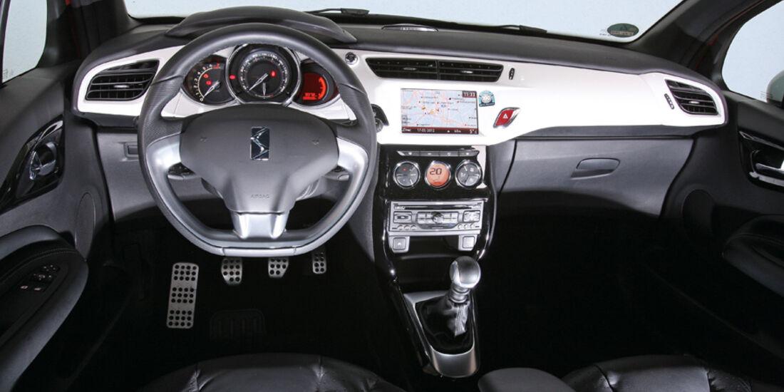 Citroën DS3 THP 155 Sport Chic, Cockpit