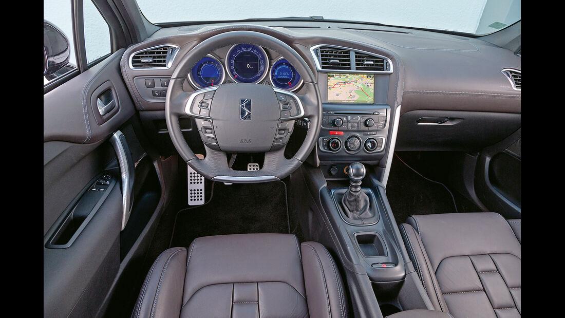 Citroën DS4 THP 200, Cockpit