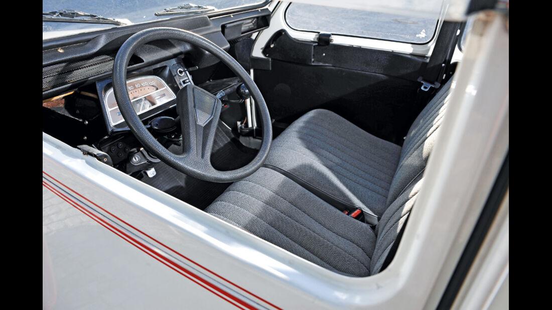 Citroen 2 CV 6, Cockpit