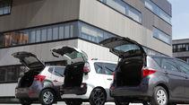 Citroen C3 Picasso Hdi 90, Hyundai ix20 Blue 1.4 CRDi, Toyota Verso-S 1.4 D-4D, Gruppe, Rückansicht, Hechklappe offen