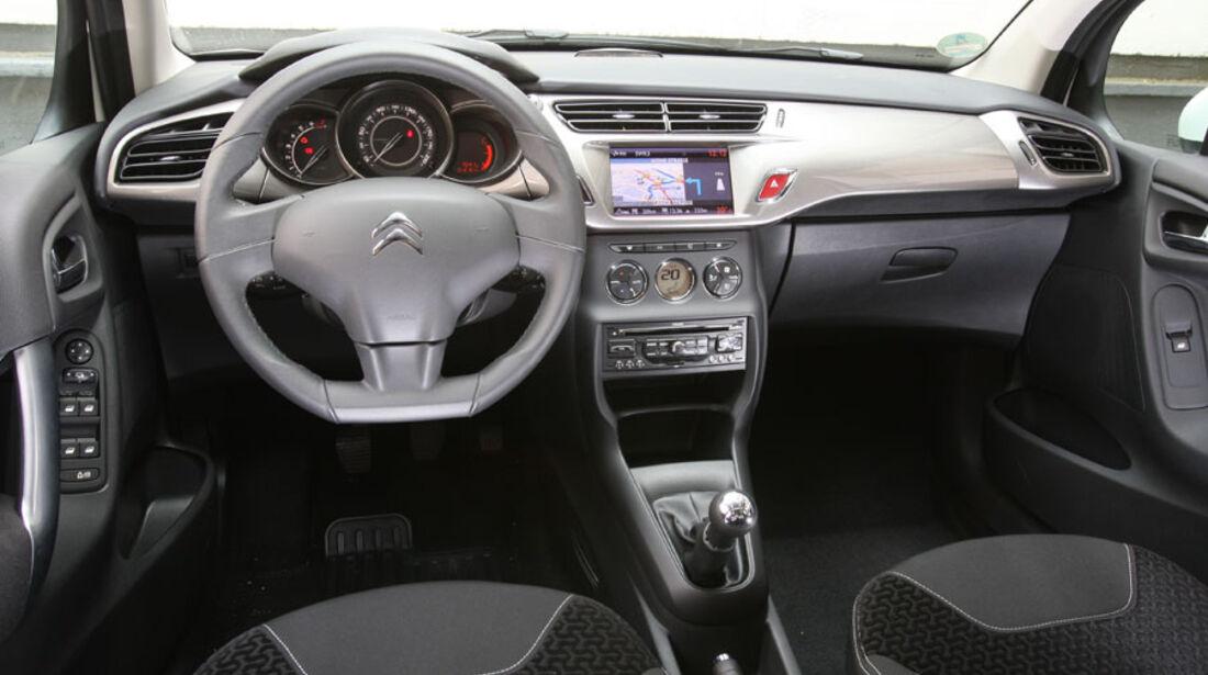 Citroen C3 Vti, Cockpit