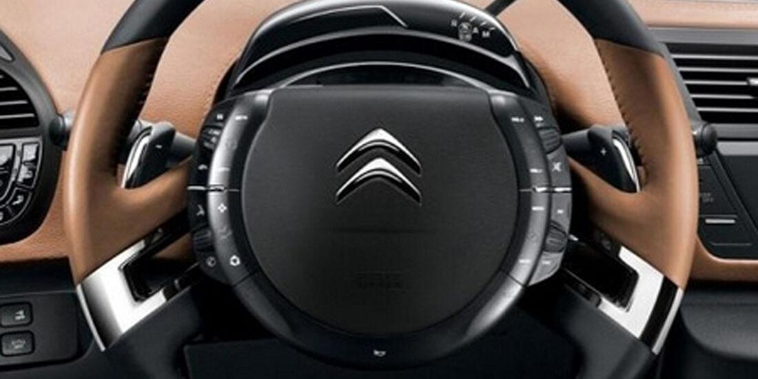 Citroen C4 Picasso, Lenkrad