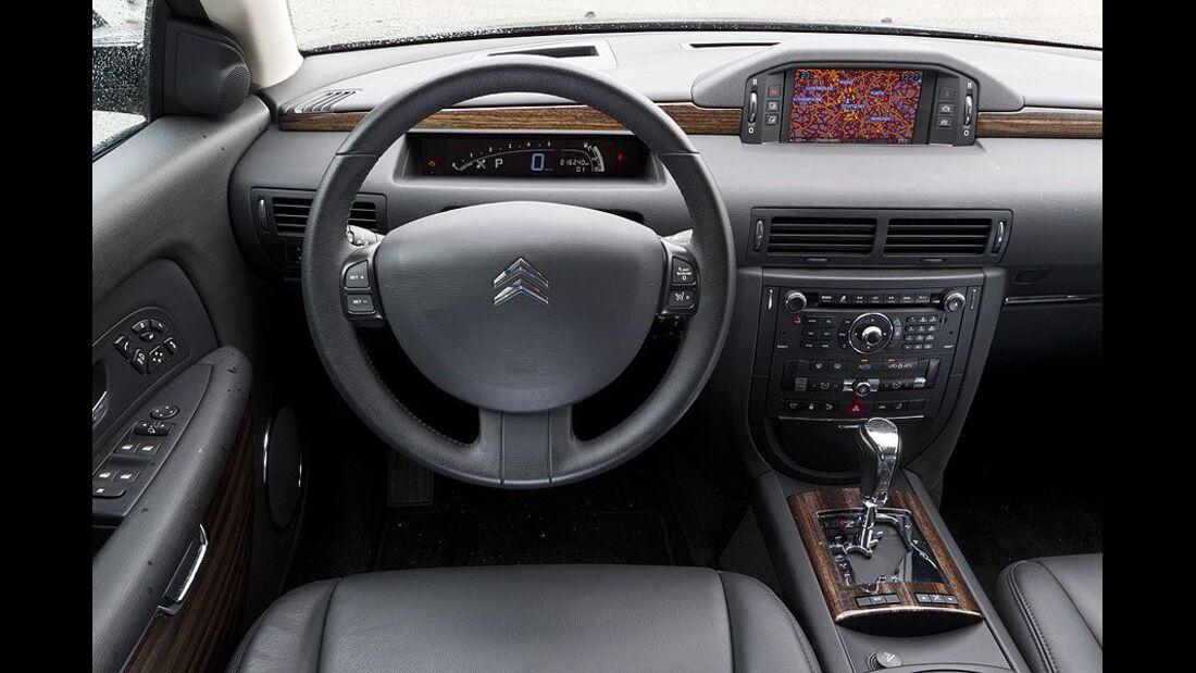 Citroen C6, Cockpit