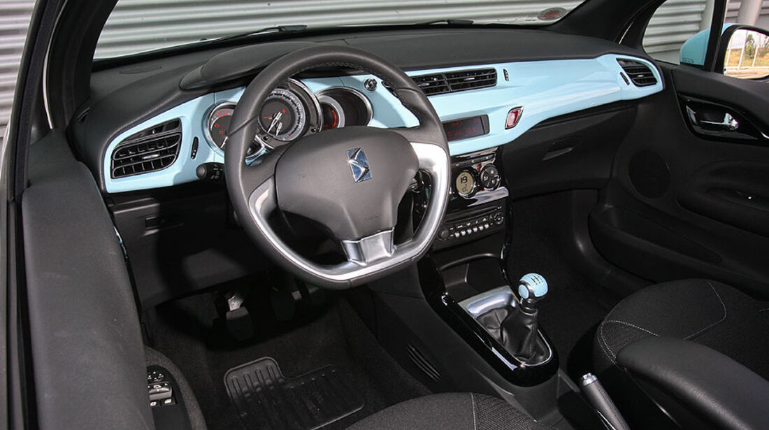 Citroen DS3 HDI 90 FAP 99g, Cockpit