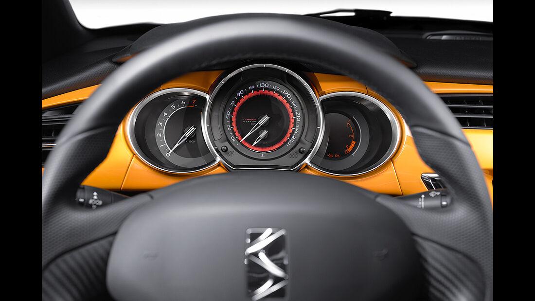 Citroen DS3 Racing, Cockpit