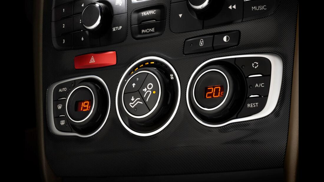 Citroen DS4, Radio, Mittelkonsole, Knöpfe, Detail