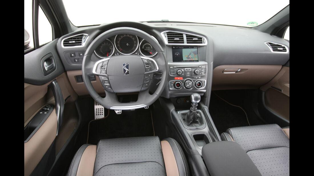 Citroen DS4 THP200, Cockpit