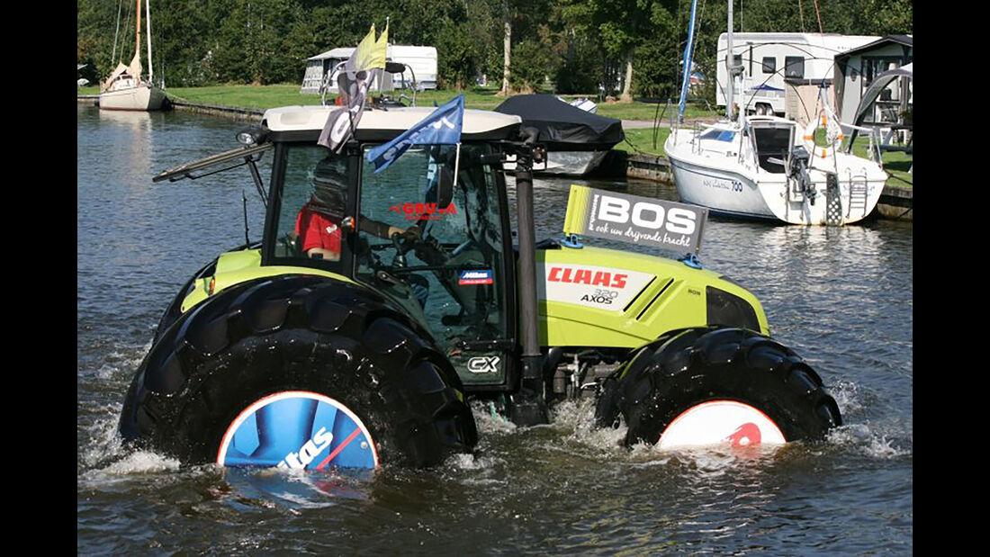Claas Axos 320 Traktor Mitas Reifen schwimmender Traktor