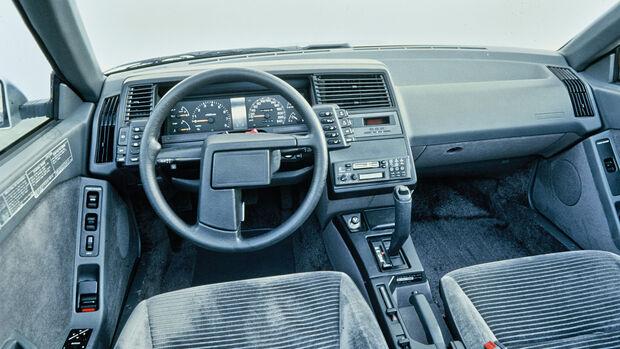 Cockpit 80er Subaru XT