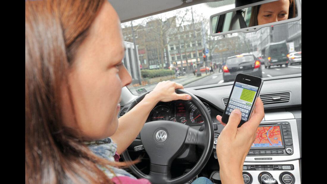 Cockpit, Handy, Telefonieren, SMS