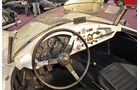Cockpit des Arnolt Bristol Deluxe Competition, Auto der Coys-Auktion auf dem AvD Oldtimer Grand-Prix 2010