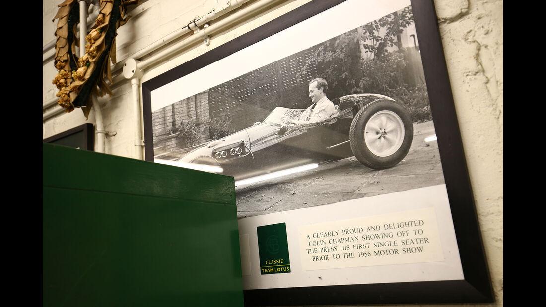 Colin Chapman - Lotus 12 - Classic Team Lotus - Lotus Workshop - Werkstatt - Hethel - England