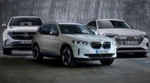 Collage BMW iX3 Mercedes EQC Audi E-Tron Kaltvergleich