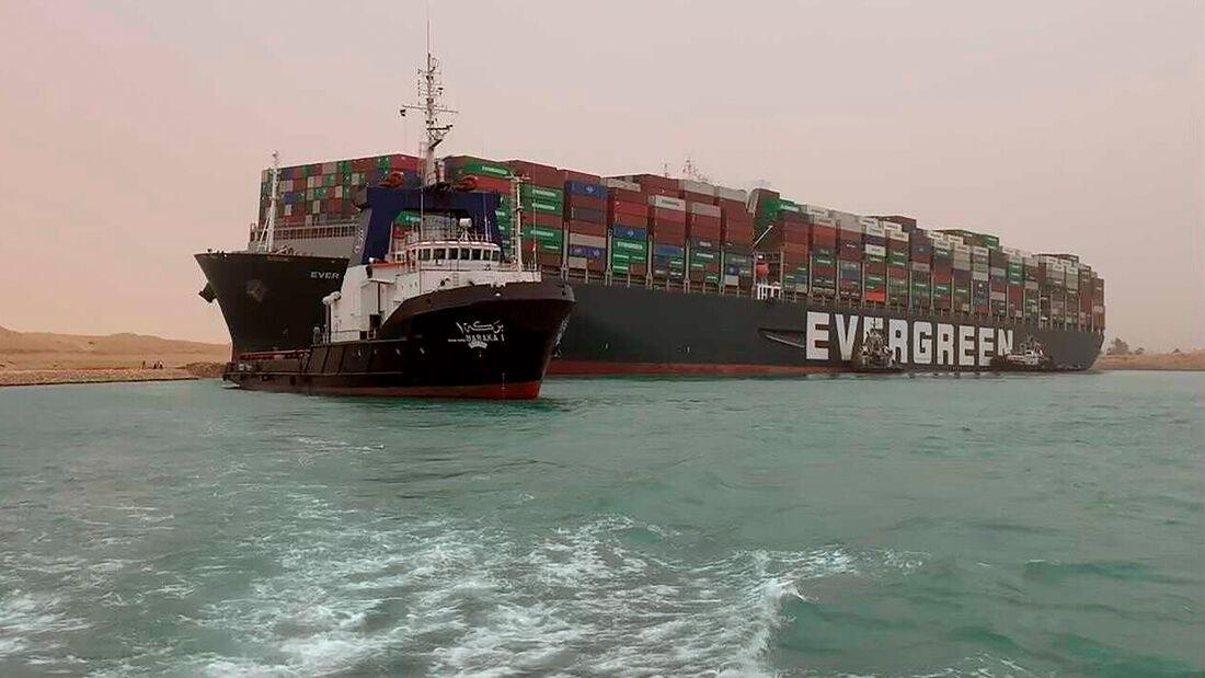 Containerschiff Evergreen Suez Kanal Havarie
