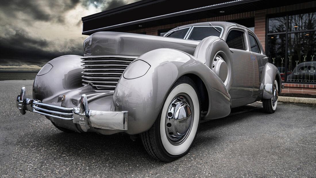 Cord 812 (1937)