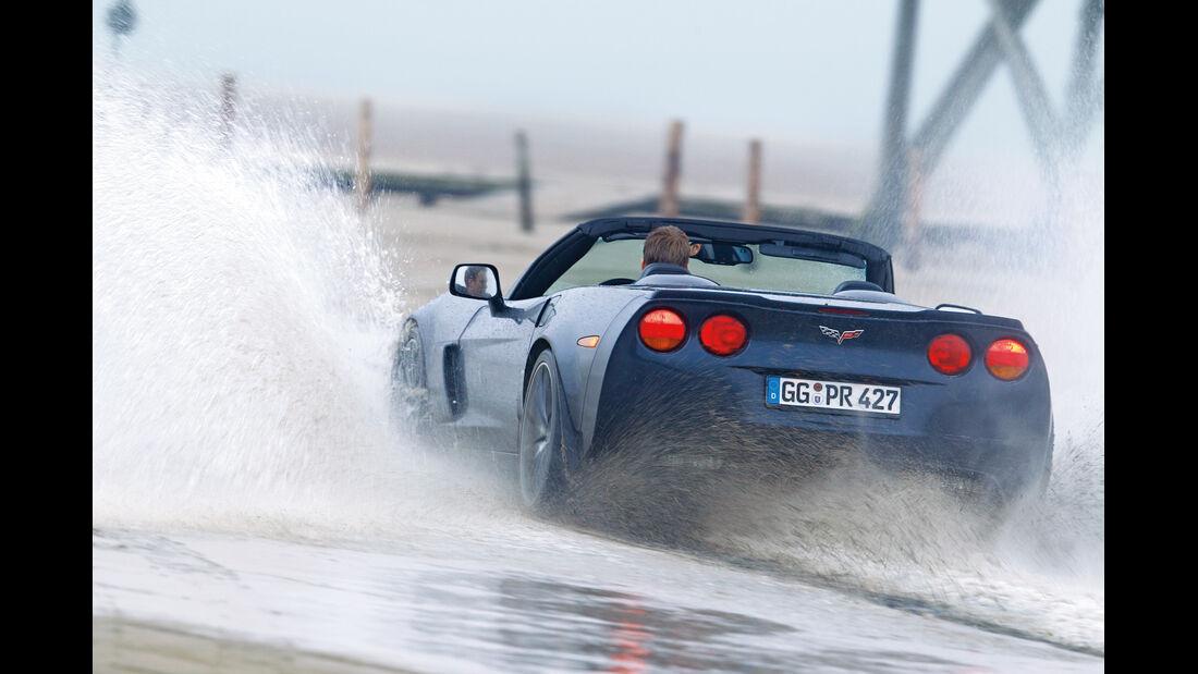 Corvette C6, St. Peter-Ording, Wasserdurchfahrt