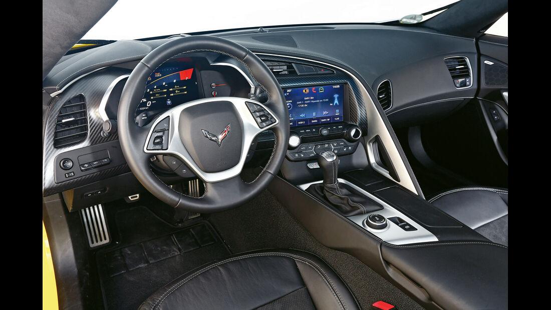 Corvette C7 Stingray, Cockpit