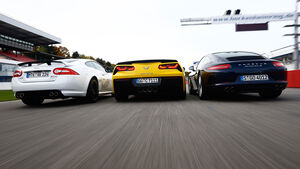 Corvette C7 Stingray, Porsche 911 Carrera S, Jaguar XKR-S, Heckansicht