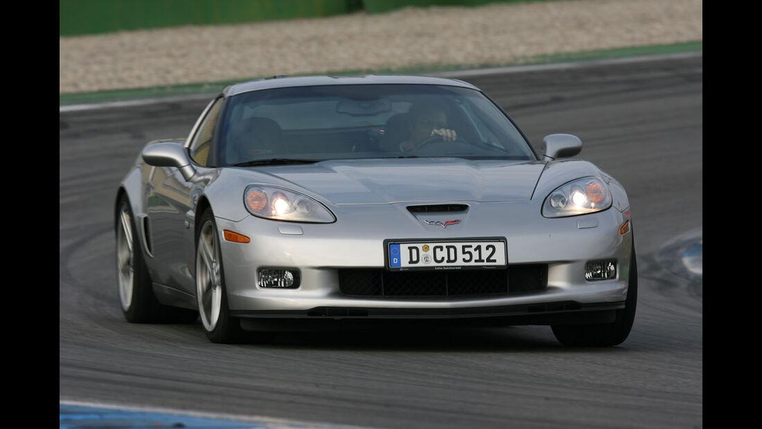 Corvette Z06 – Dodge Viper SRT-10 06