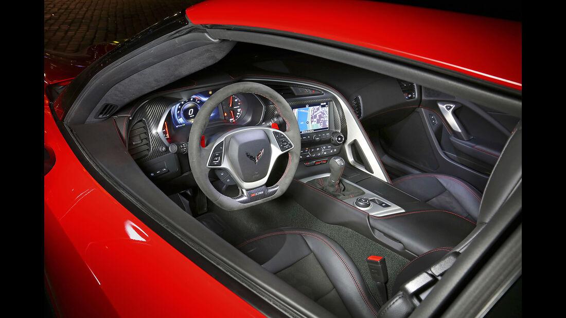 Corvette Z06 - Sportwagen - Cockpit - Test