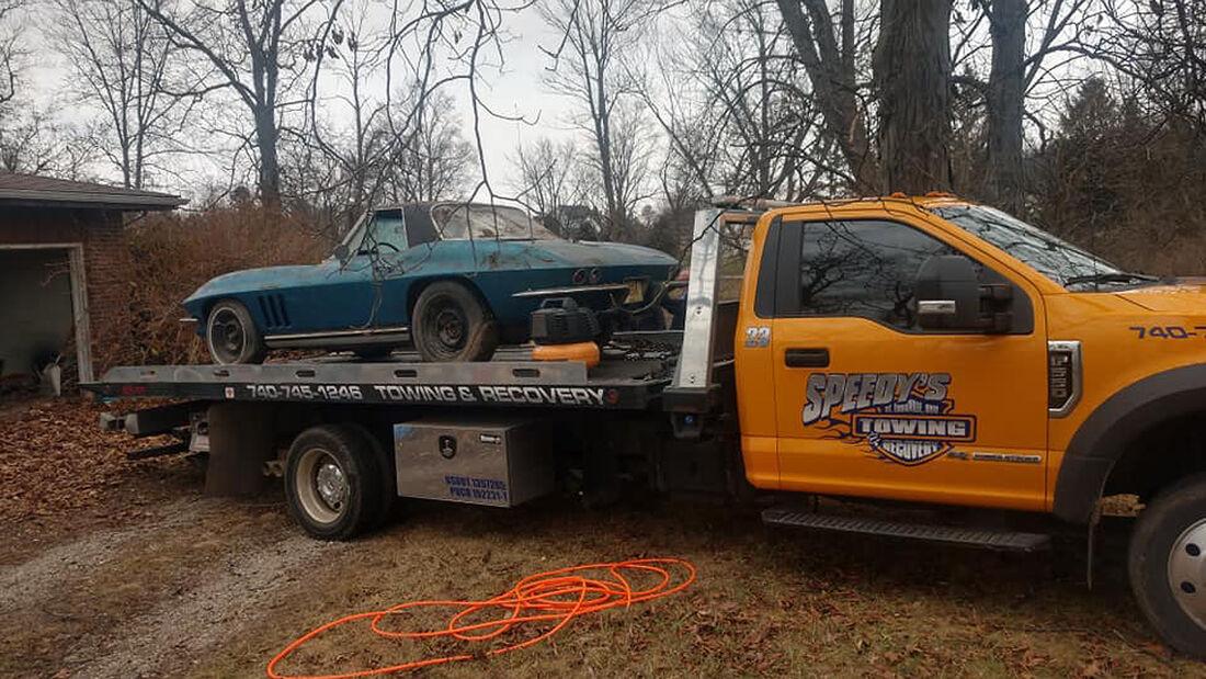 Corvette unter Müllhaufen gefunden