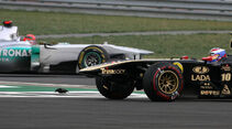 Crash Michael Schumacher Vitaly Petrov - Formel 1 - GP Korea - 16. Oktober 2012