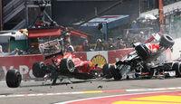 Crash Start GP Belgien 2012 Hamilton Grosjean Alonso