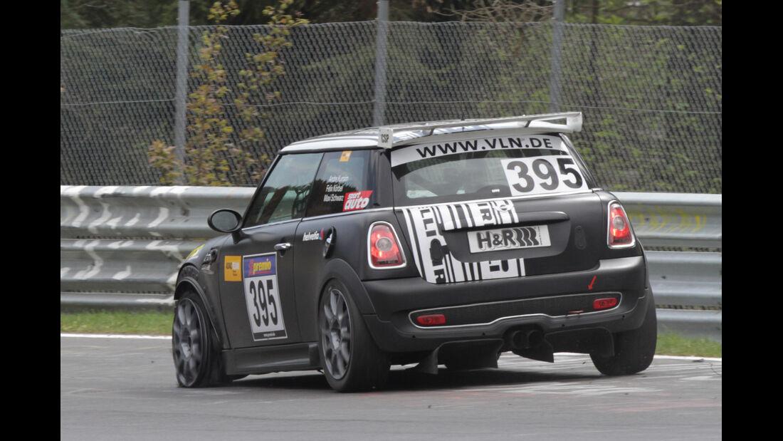 Crash, VLN Langstreckenmeisterschaft Nürburgring 28-4-2012
