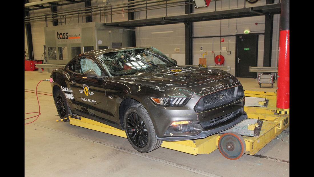 Crashtest Ford Mustang 2017