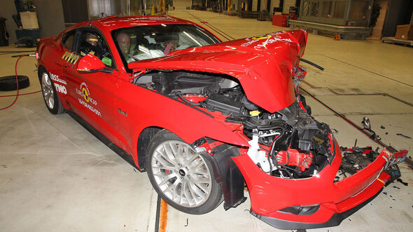 Crashtest Ford Mustang 2017