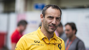 Cyril Abiteboul - Renault - F1 2017