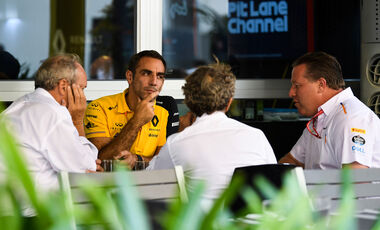 Cyril Abiteboul - Renault - Zak Beown - McLaren
