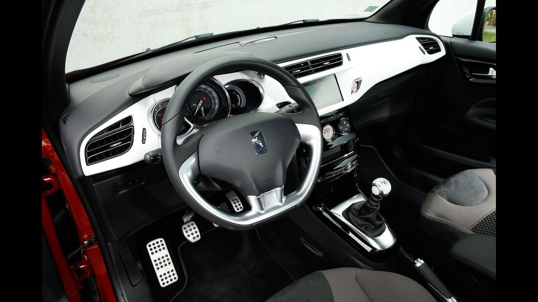 DS 3, Cockpit