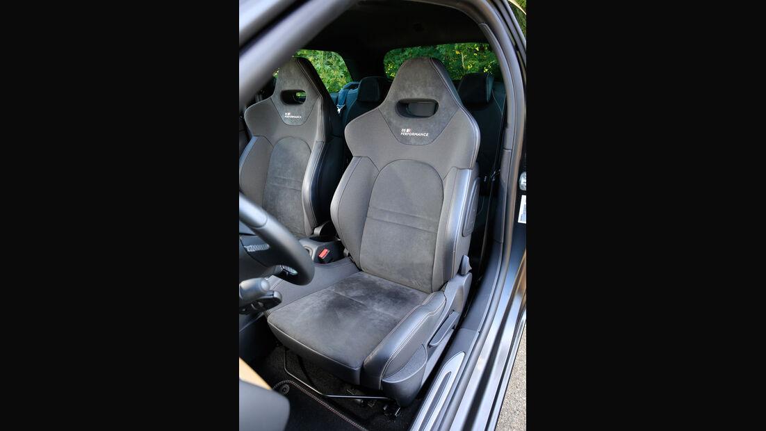 DS 3 THP 208, Fahrersitz