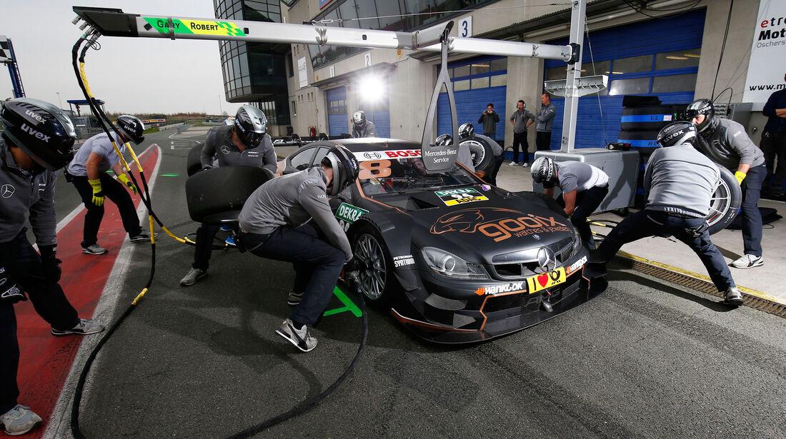 DTM 2015 - Testfahrten - Oschersleben - Mercedes-AMG C63 DTM - Boxenstopp